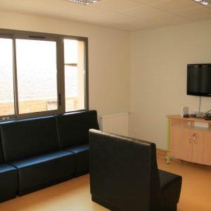 Salle télévision de l'unité de soins pour adolescents de Mende